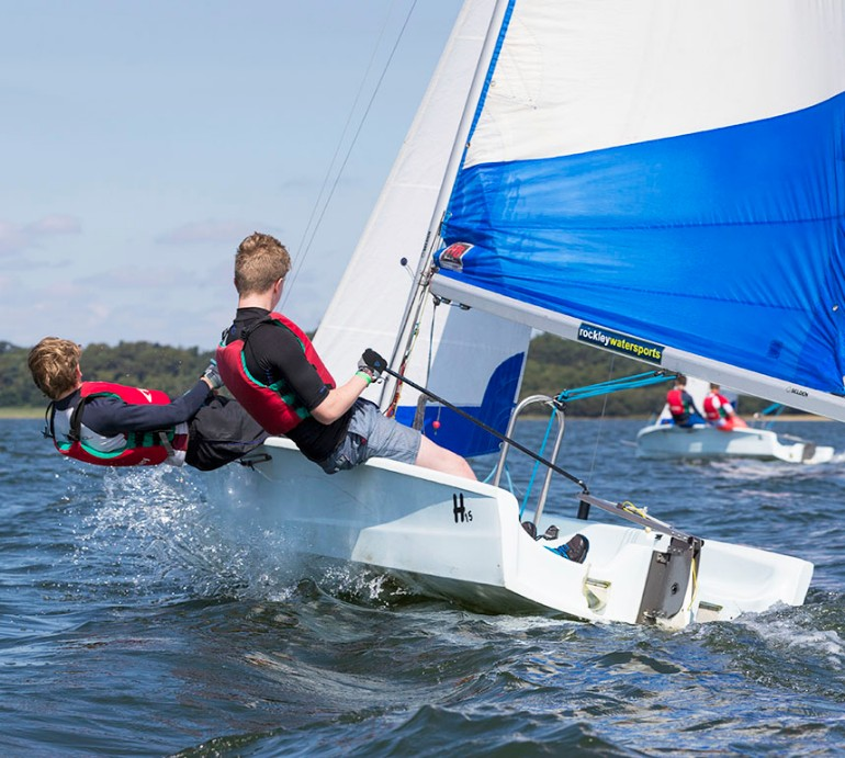 H15  Trainer Ready to Sail image no.15